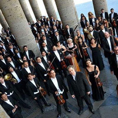 La_Orquesta_Filarmónica_de_Jalisco_y_su_Director_Titular_Marco_Parisotto