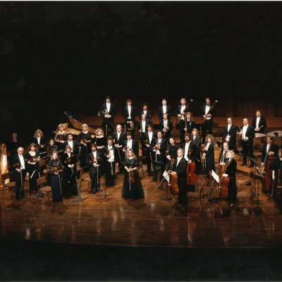 Orchestra-with-Iona-Brown-photo-LACO-Archives-1024x817